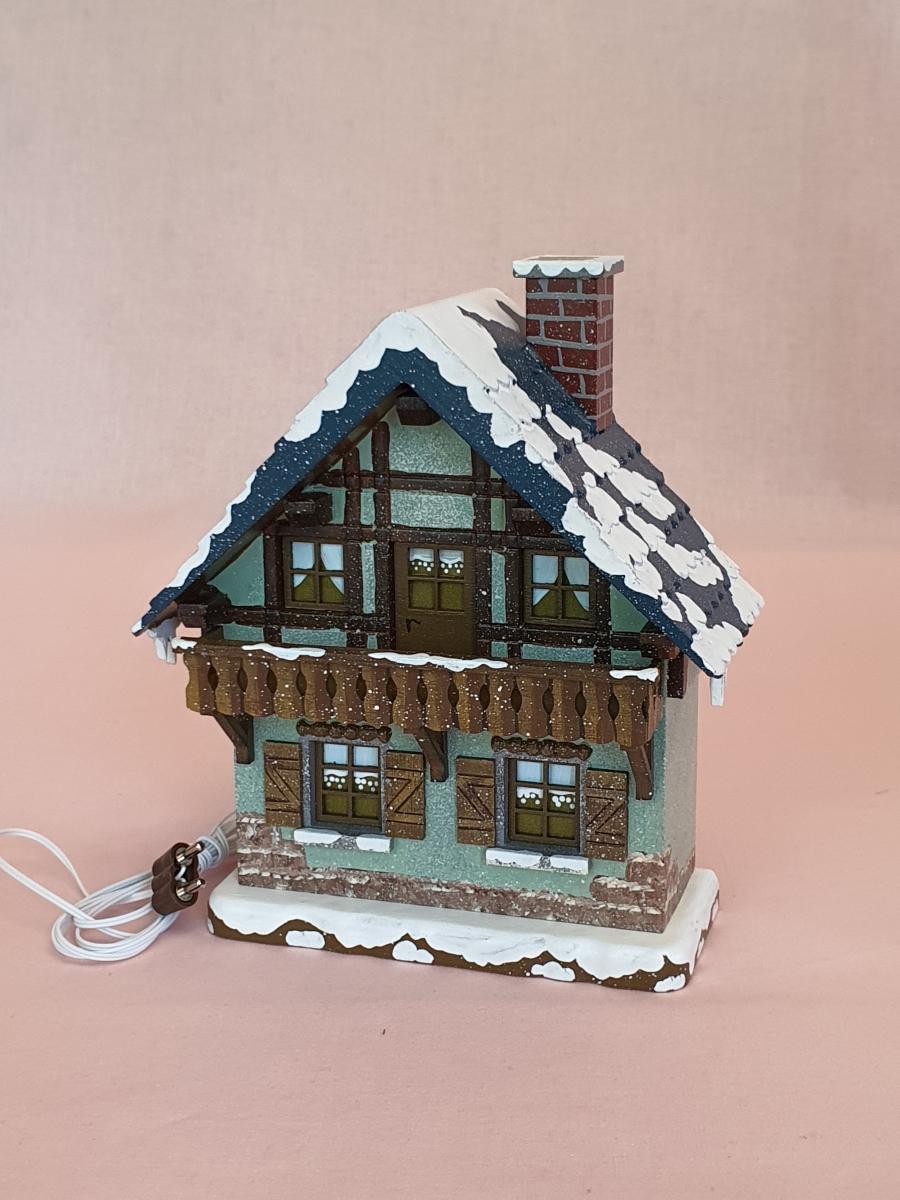 hubrig-winterhaus-mit-balkon-elektrisch
