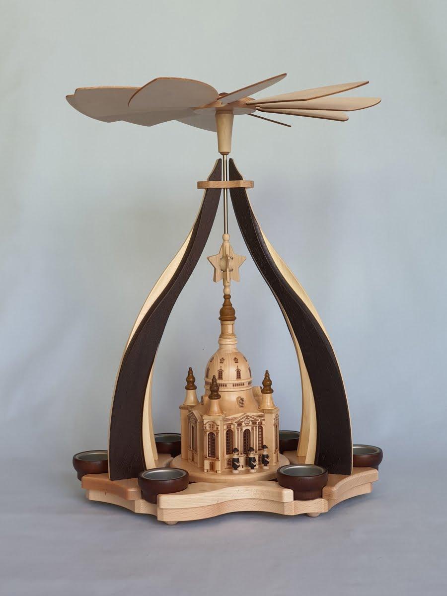design-pyramide-dresdner-frauenkirche-gross