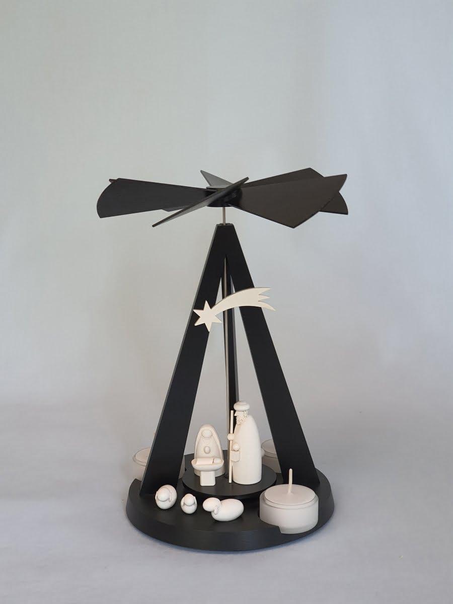 pyramide-mini-delta-black-mit-christi-geburt-klein